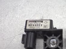 Datchik udara Renault Megane 03-09 ( Megan 2), 8200411025